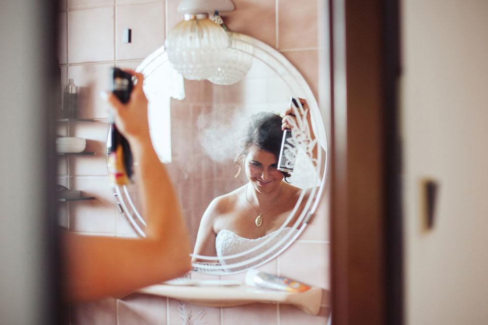 nevesta-se-pripravuje-v-koupelne
